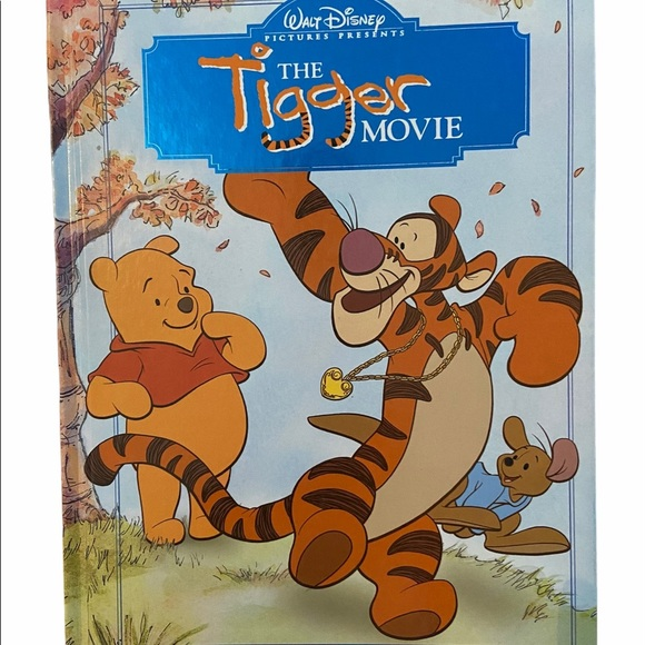Disney Collectable Winnie The Pooh Tigger Book